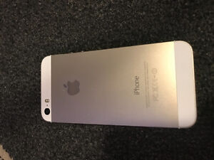 IPHONE 5s PERFECT CONDITION, NO SCRATCHES Kingston Kingston Area image 2