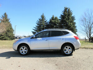 2010 Nissan Rogue SL AWD-  KROWN RUST-PROOFED!!  CERTIFIED