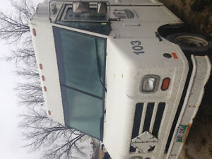 1999 Ford E-350 Stepvan Other