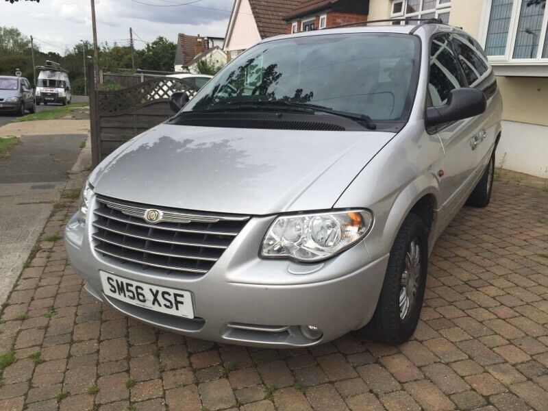 chrysler grand voyager limited 2 8 crd auto stow and go 7 seater 38000 miles in benfleet. Black Bedroom Furniture Sets. Home Design Ideas