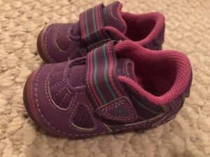 Baby Girl Striderite Shoes Size 3