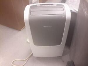 *** USED *** FRIGIDAIRE AIR CONDITIONER/HEATER   S/N:KK31143872   #STORE590