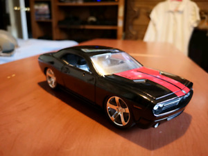 1/24 scale Dodge Challenger