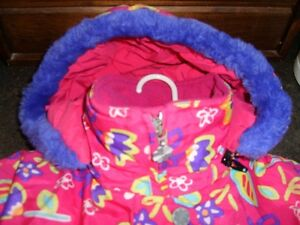 Jupa Sports - Fushia Floral Winter Jacket size  5 Kitchener / Waterloo Kitchener Area image 3
