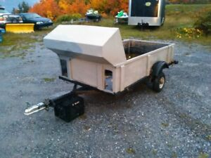 Single snowmobile trailer.