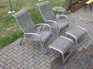 2 Patio lounge Chairs with foot stools