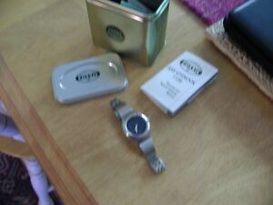 Fossil Watch-NEW IN BOX-ladies