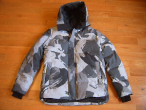 NWT 100% authentic Canada Goose MacMillan Men Parka, sz  Large L