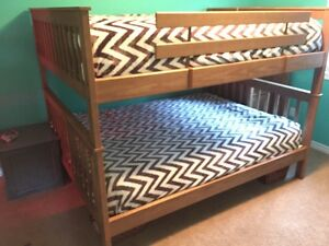Moving sale -queen bunk beds  Cambridge Kitchener Area image 2