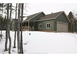 4 BELLEFIELD RD. LOWER COVERDALE! EXECUTIVE BUNGALOW $295,000
