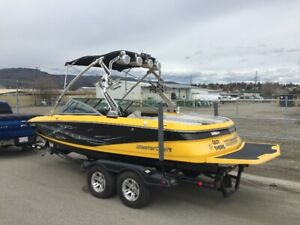 2008 Mastercraft X-2 with 366 Hrs ,excellent shape & extras