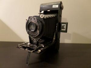 Vintage Kodak Hawk-Eye Camera