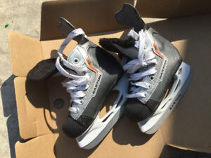 Boy ice skate size 10 and 11
