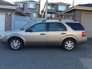 Ford Freestyle 2005 +LOW KM+