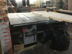 Banc Scie Delta table saw