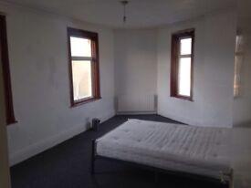 Triple size room