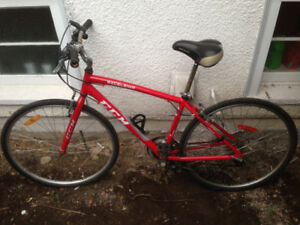 Red CCM Excelsior 700C Hybrid Bike