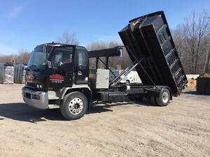 GMC TSR 7500 with complete roll off system