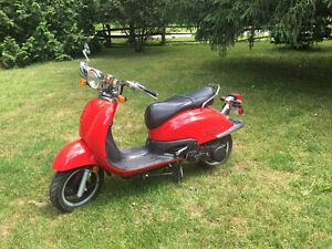 Tomas Velo Scooter low mileage