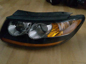 HYUNDAI SANTA FE PHARE HEADLIGHT HEADLAMP LUMIÈRE LAMP LIGHT