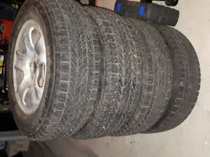 Honda CRV 2015 Winter Tires with Msgs