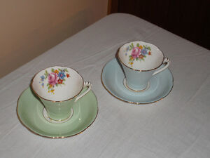 16 Sets Cups & Saucers Bone China made in England Excell Cond