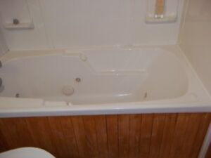 Jetted Tub for sale in Penticton