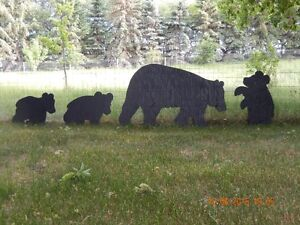 MOMMA BEAR & CUBS YARD SHADOW