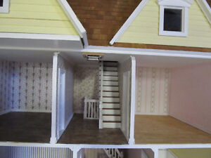 Large Dollhouse for sale Cambridge Kitchener Area image 4