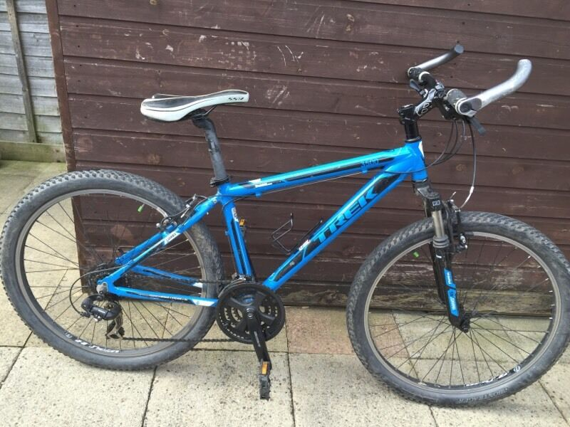 Trek 3500 Mountain Bike 16 Frame 26 Wheels Blue 3 Seris In