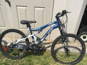 """CCM Vandal Mountain Bike 24"""" Youth Size """"As New Condition"""""""