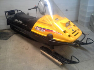 1 OWNER SKIDOO TUNDRA FAMILY MACHINE $2950