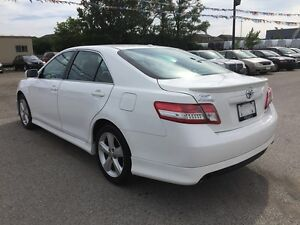 2011 TOYOTA CAMRY SE * POWER GROUP * EXTRA CLEAN London Ontario image 4