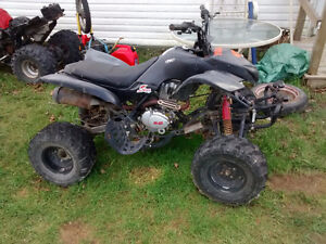 Race quad 200cc, clutch, reverse, electric start $750