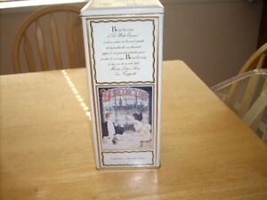 Benedictine collectors tin,