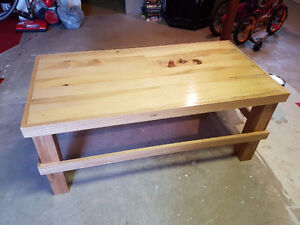 pallet style coffee table