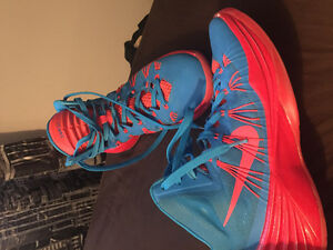 2013 Nike Hyperdunks NIKE ID customized size 9