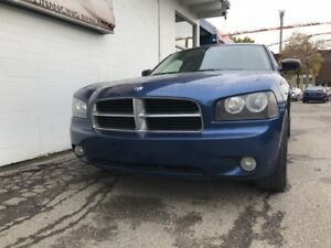 2009 Dodge Charger SXT AWD RARE TO FIND !!!