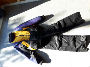 Authentic skidoo suit 3 peices