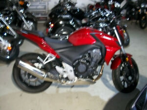 2014 HONDA CB 500 ABS IN RED MINT SHAPE