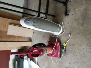 Air cleaner and vacuum cleaner