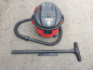 WTS: 4 gallon Shop Vac