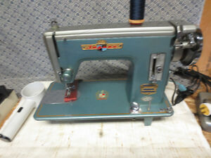 JAPANESE INDUSTRIAL STRENGTH SEWING MACHINE