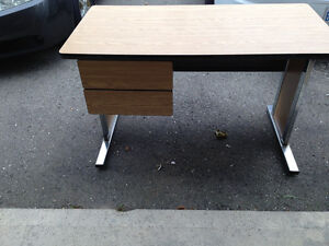 Desk For Sale London Ontario image 1
