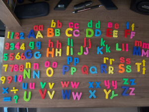 COLOURFUL ASSORTED MAGNETIC ALPHABET LETTERS & NUMBERS