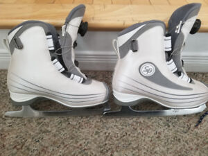 Kids skates size 6 with Boa tightening laces