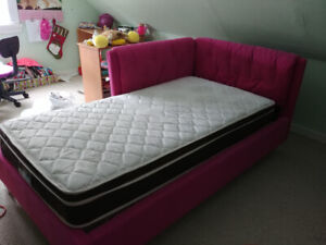 girls single bed with mattress