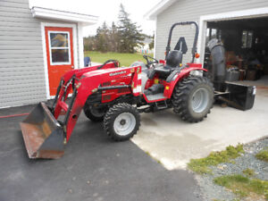 2013 Mahindra Tractor-3016 Loader/Backhoe/Snowblower Attachments