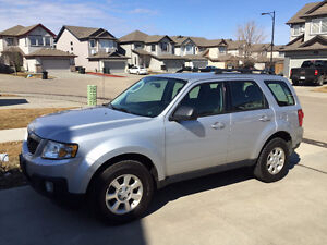 2011 Mazda Tribute GX SUV, Crossover