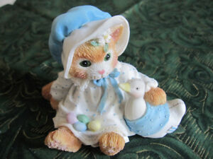 """""""FURRY AND FEATHERED FRIENDS"""" CALICO KITTEN FIGURINE BY ENESCO C"""